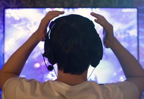 Yetişkinlerde Oyun Bağımlılığı